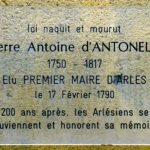 p1060599_arles_rue_de_la_roquette_plaque_commemorative_antonelle_rwk.jpg